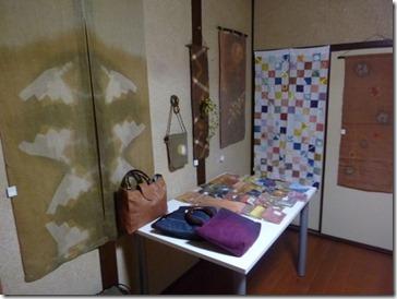 2013年草木染教室作品展飾り付け