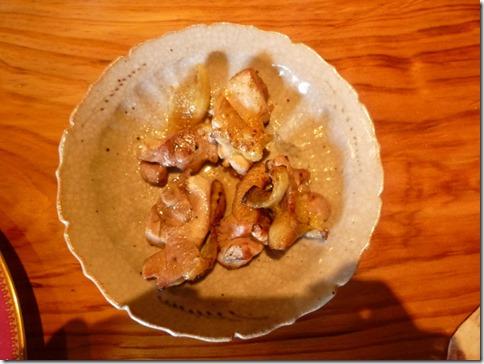 蔓ききょうの地鶏の炭火焼