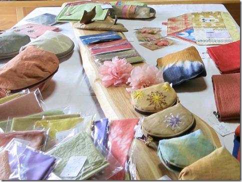 「草木染教室作品展」展示販売します
