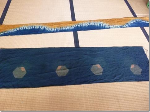 藍染の絞りや板締め技法の作品