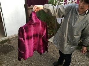 蘇芳(スオウ)で草木染したジャケット。
