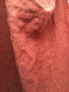 高野槇(コウヤマキ)で草木染した布
