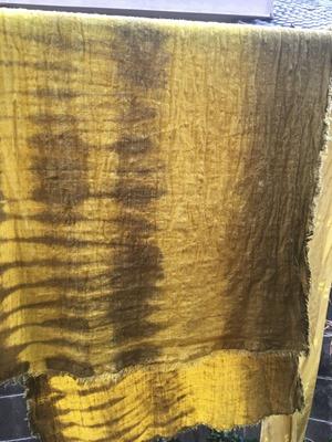 人参葉で草木染した布