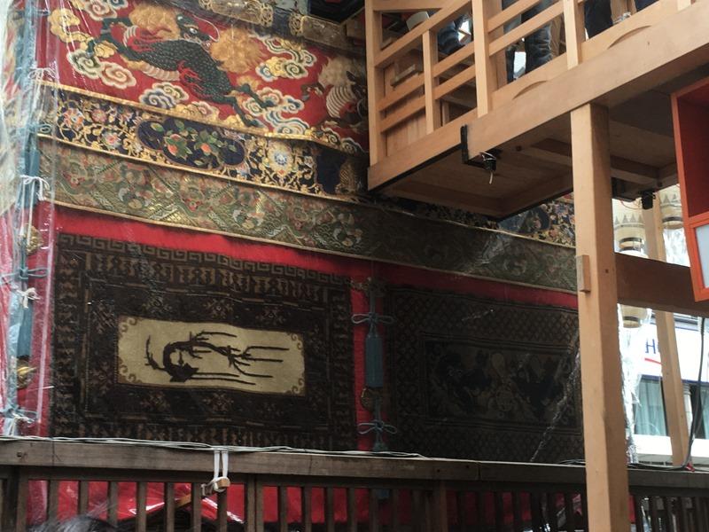 祇園祭・長刀鉾の胴懸。中国の梅