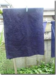 ログウッドで草木染した麻の布(ミョウバン媒染)