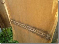 草木染教室は栗で染めました