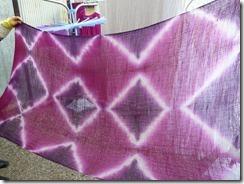 「蘇芳(すおう)」で草木染めした布