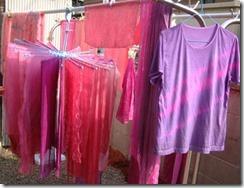 蘇芳(スオウ)で草木染したTシャツやストール